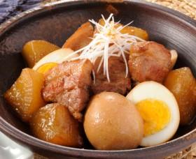 玉子と豚バラ肉の煮物